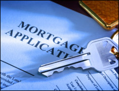 photo of a mortgage application with keys